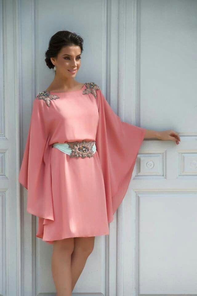 Vestido mangas murciélago en rosa | Boda. Invitadas | Pinterest