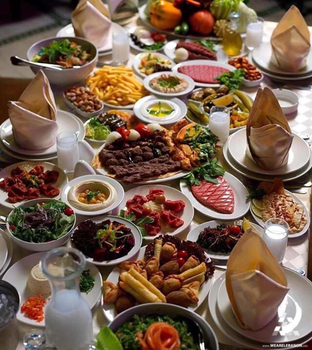 Nothing tops a delicious traditional lebanese lunch by for Arabic cuisine dishes