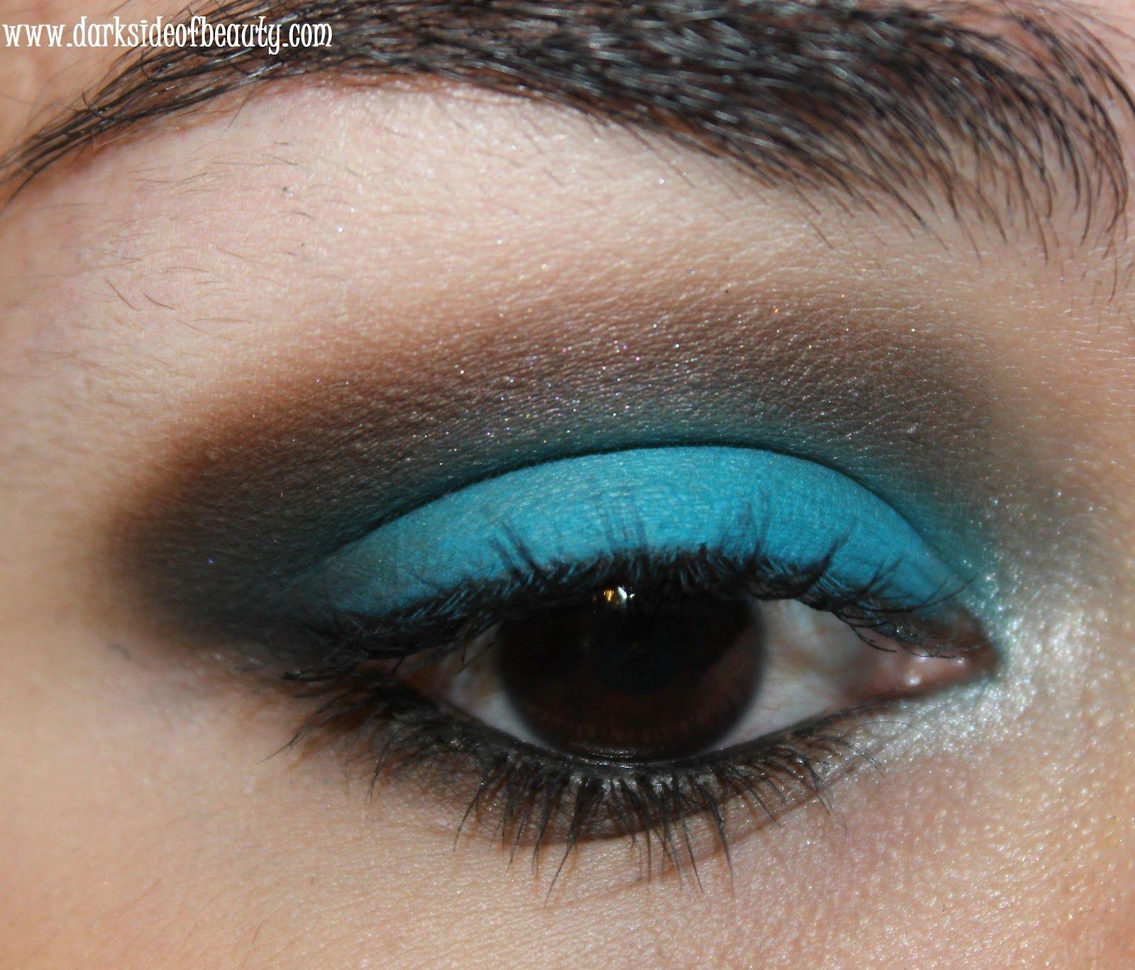 aqua eye look