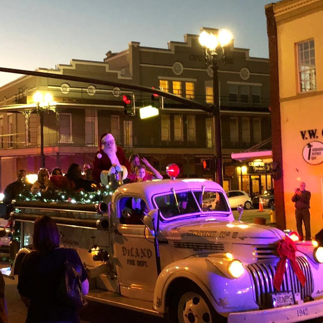 Deland Christmas Parade 2020 Santa arrived last night in Downtown DeLand! Christmas Parade