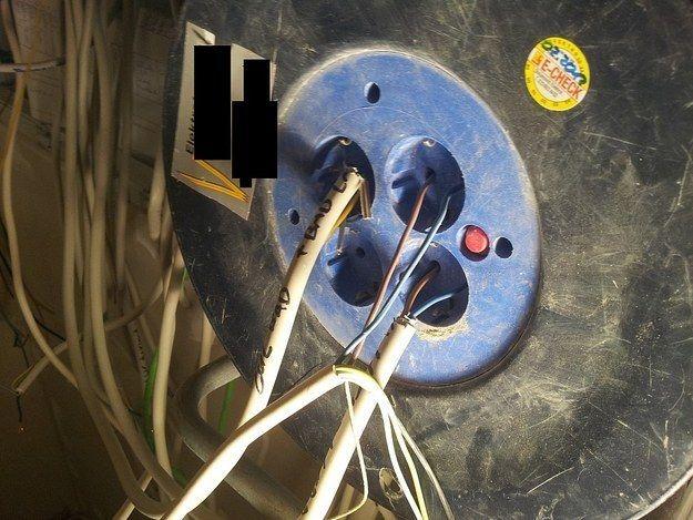 Diese Stecker: | Schläge, Stecker und Lustiges