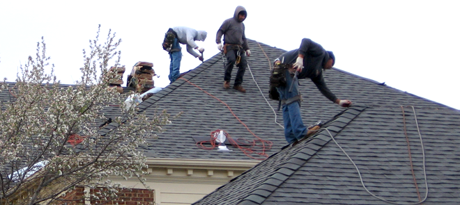 Best Roofing Company For New And Repair Roof In West Bloomfield Mi Roof Repair Best Roofing Company Roofing Contractors