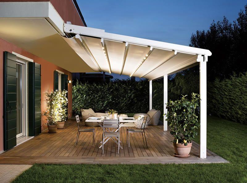 Tende per esterni che proteggono dal sole con stilo ed - Verande per terrazzi ...