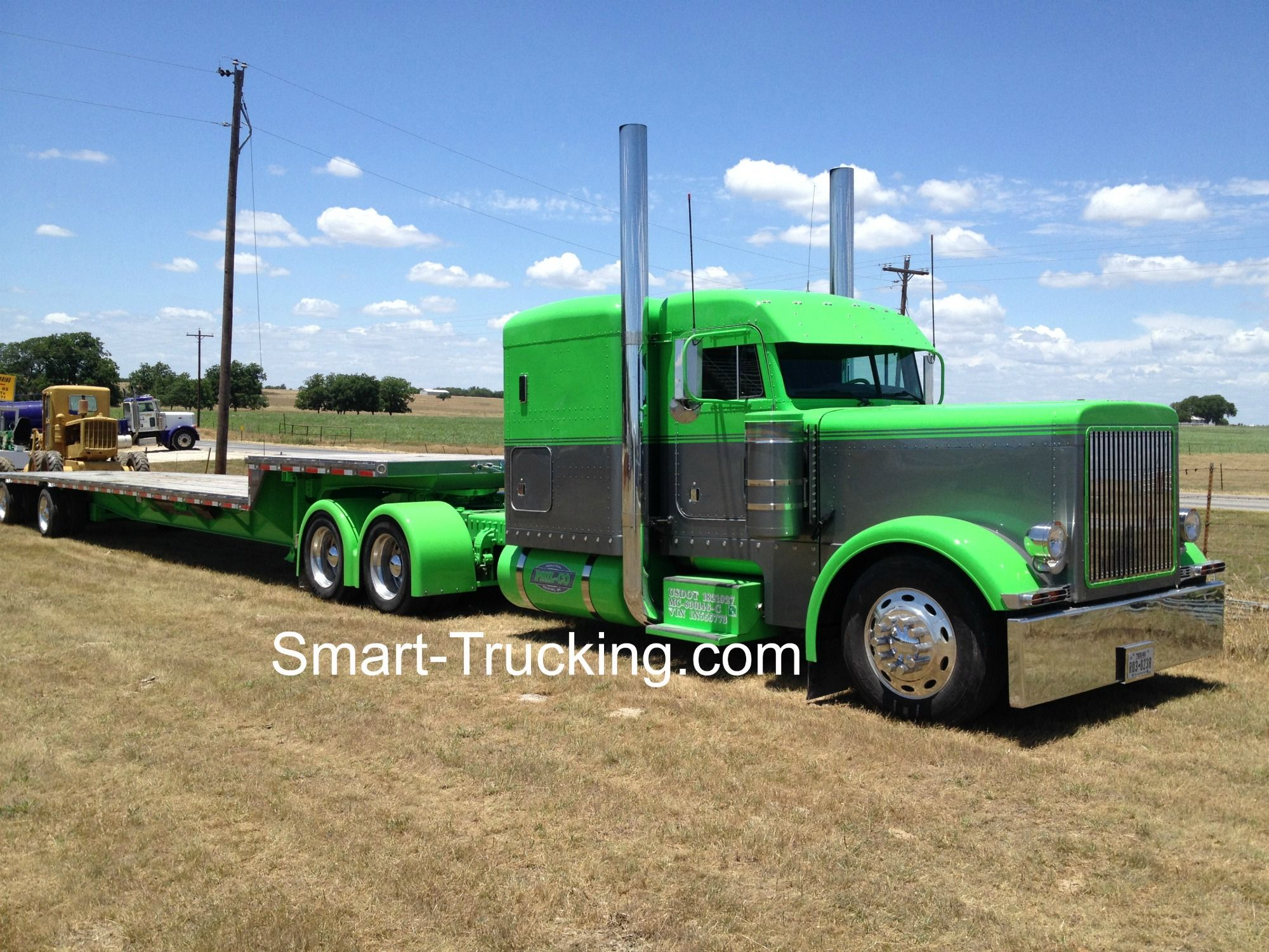 2001 Peterbilt 379. Hot looking yard truck, built from the frame up ...