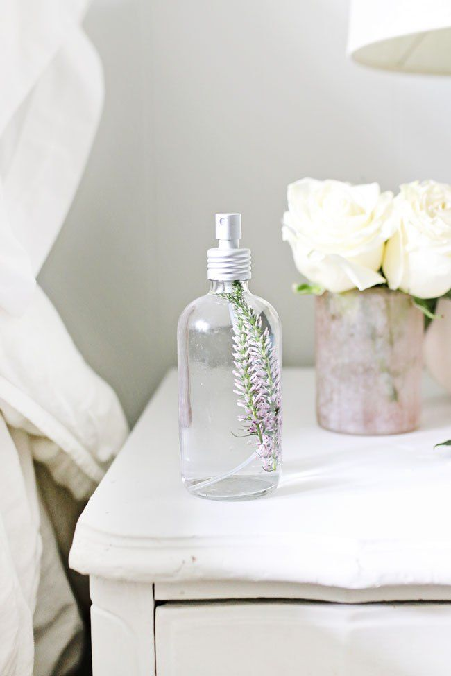 fall asleep fast pillow spray rezept diy perfume. Black Bedroom Furniture Sets. Home Design Ideas