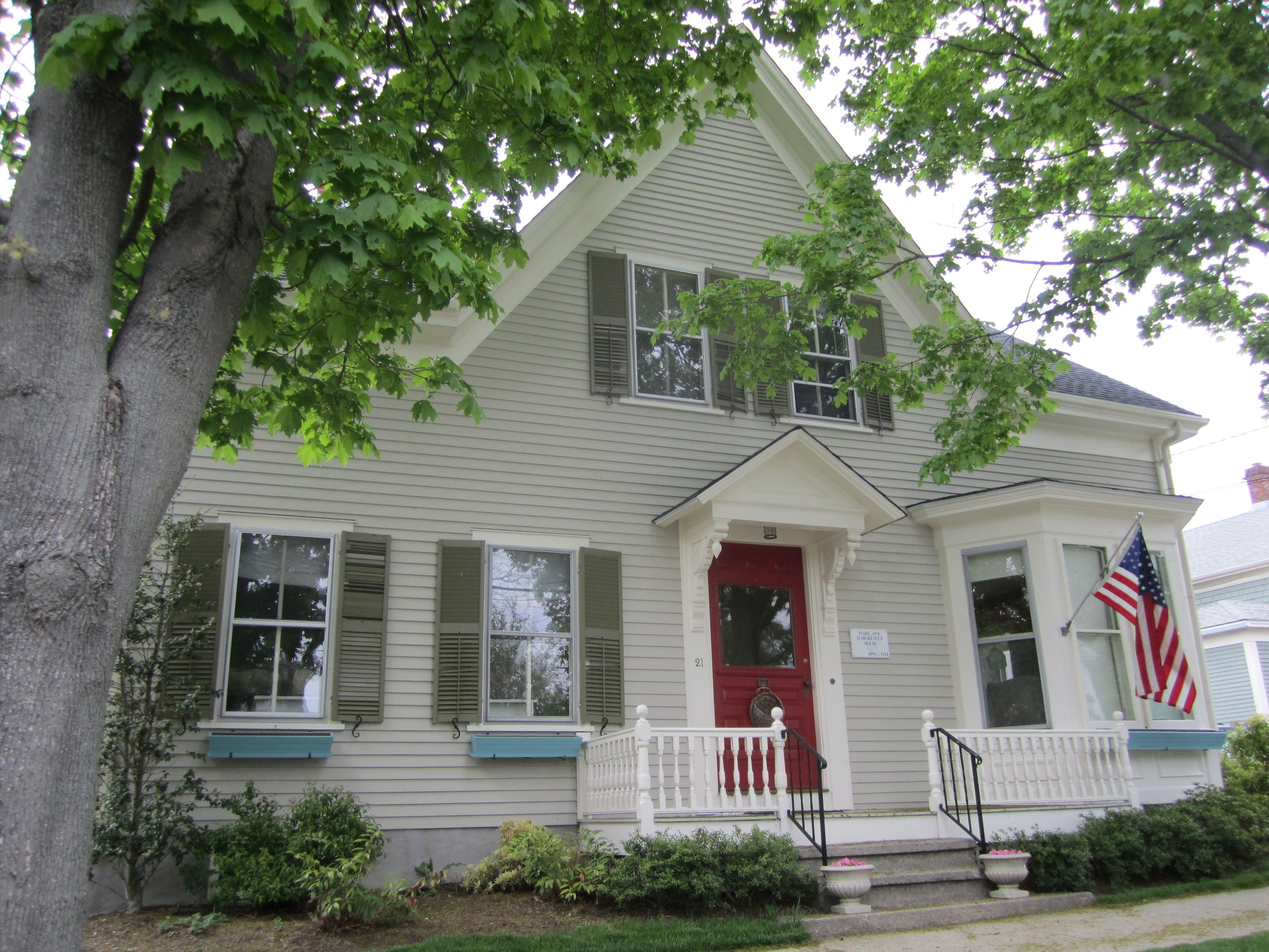 Sea Rose Cottage in Bristol, RI, Artisan Enhancements Retailer