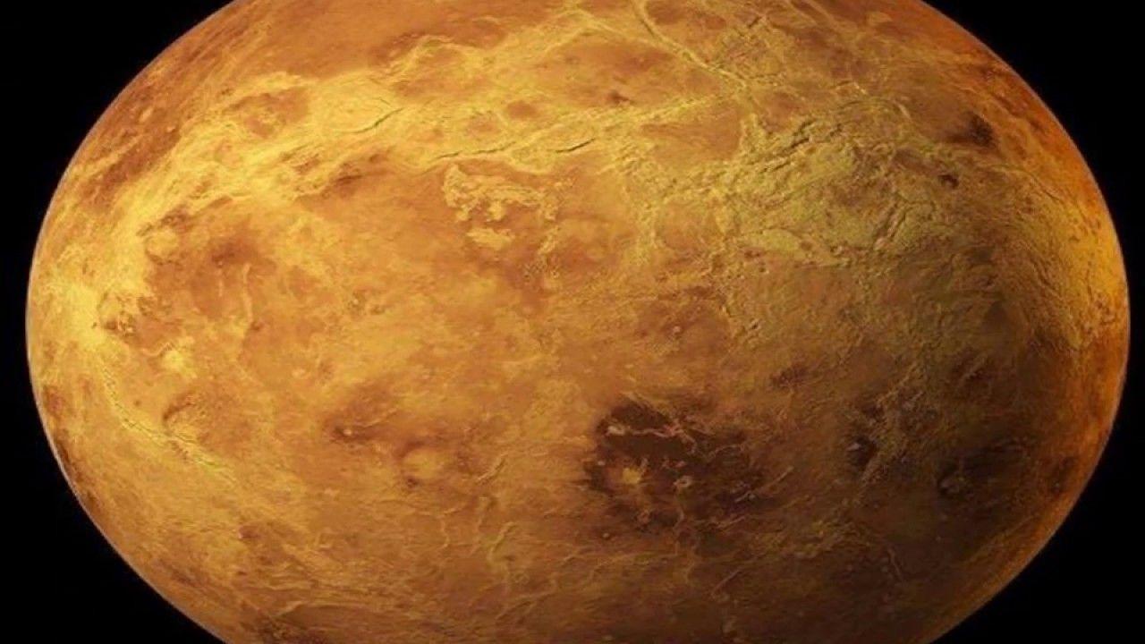 علماء الفلك يلتقطون صورة مكبرة لكوكب الزهرة Venera Spring Nail Colors Venus Tattoo Summer Nails Colors