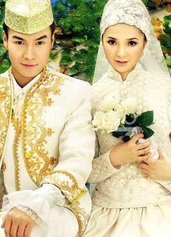 Muslim And Indonesian Wedding Muslim Bride Groom Wedding Dress Muslim Wedding