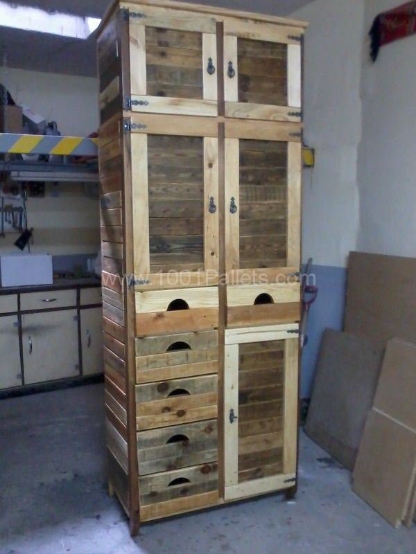 Furniture Made From Reclaimed Pallets Pallet Cabinet
