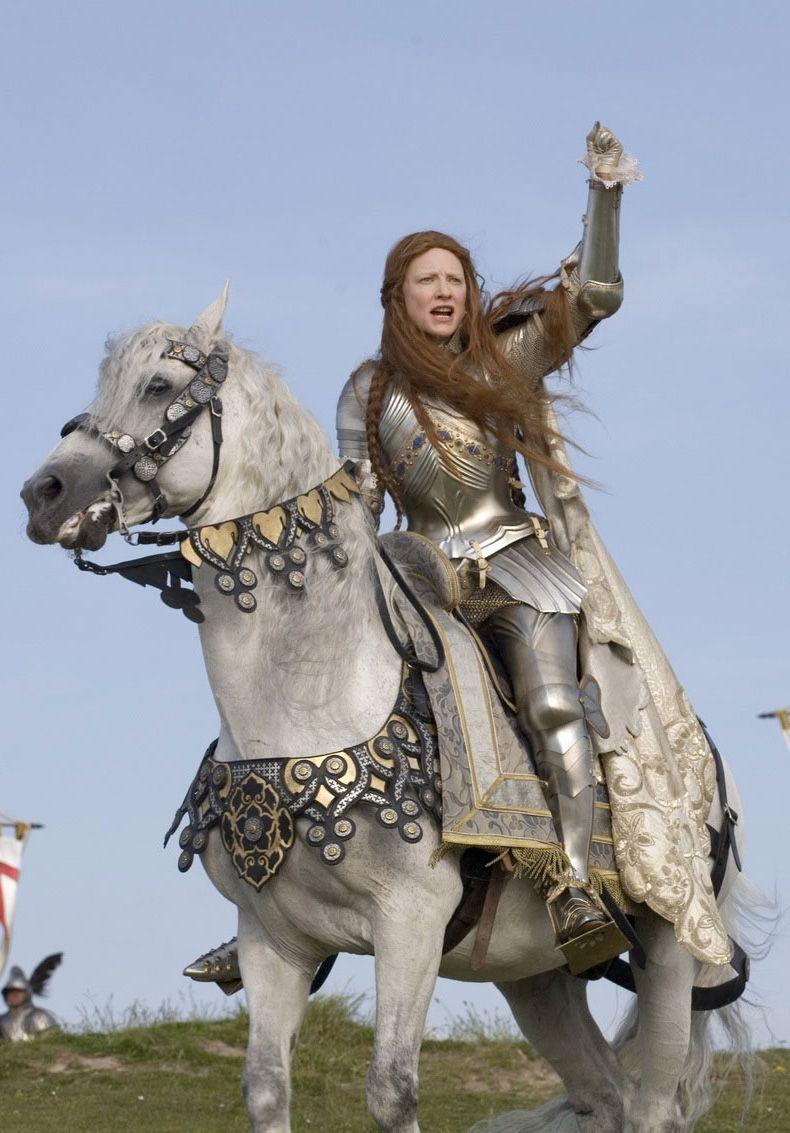 Queen Elizabeth I (Cate Blanchett) 'Elizabeth: The Golden ...