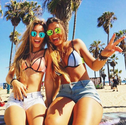 bikini-friend-girl