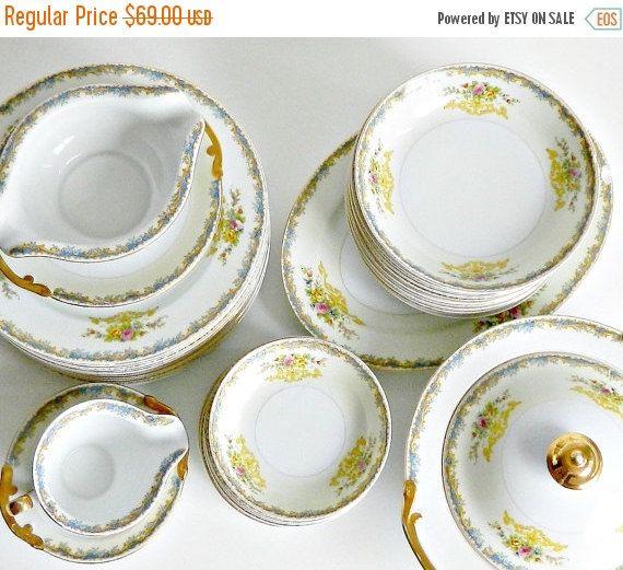 Vintage Kikisui Fine China Japan Dinnerware Set 37 Pieces KIK113 Kikusui Japanese china 37 piece dinnerware set. The beautiful pattern (KIK13) has a & Vintage Dinnerware Set. Art Nouveau Dinnerware. Hand Painted Floral ...