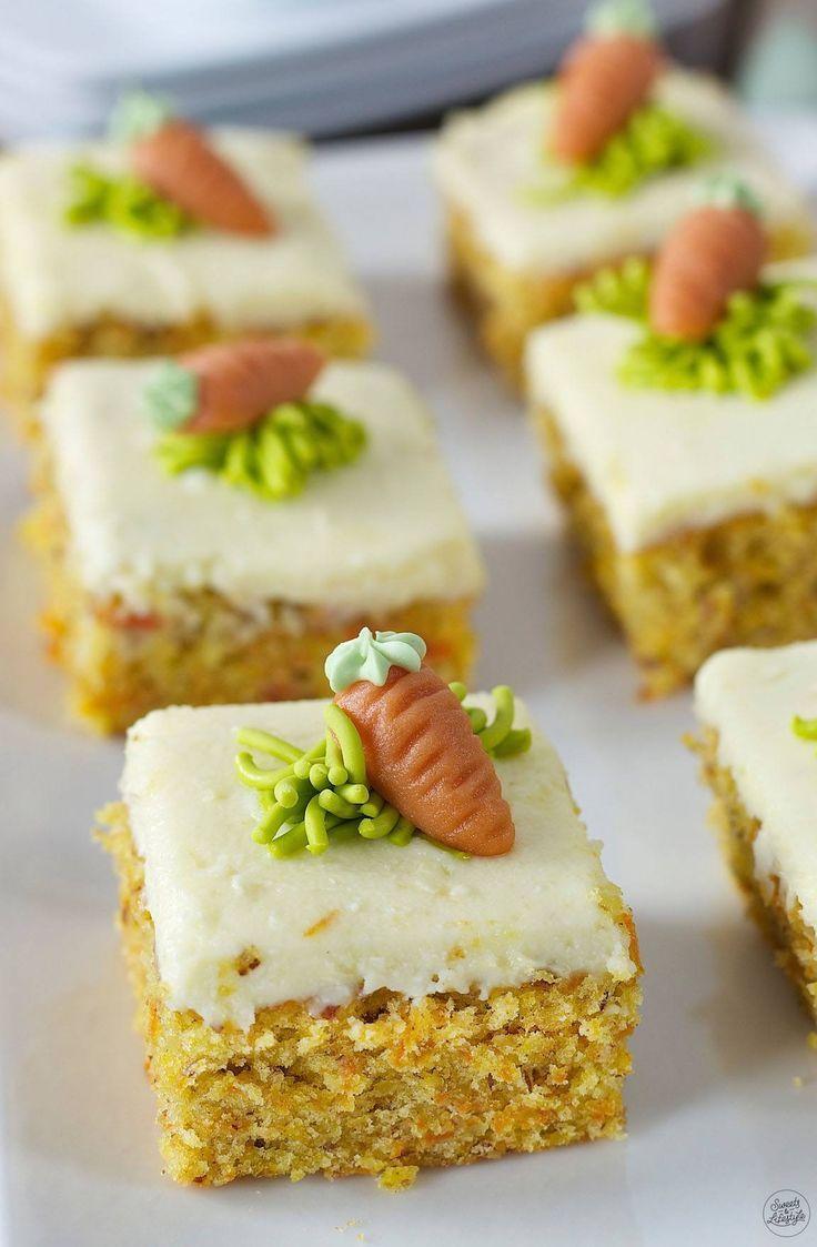 Karottenkuchen Rezept - Saftiger Karottenkuchen vom Blech mit Frosting. // carrot cake recipe - moist carrot with cream cheese frosting, easy to make. // Sweets & Lifestyle®️️ #karottenkuchen #frostig #kuchen #rezept #ostern #carrotcake #cake #recipe #easter #sweetsandlifestyle