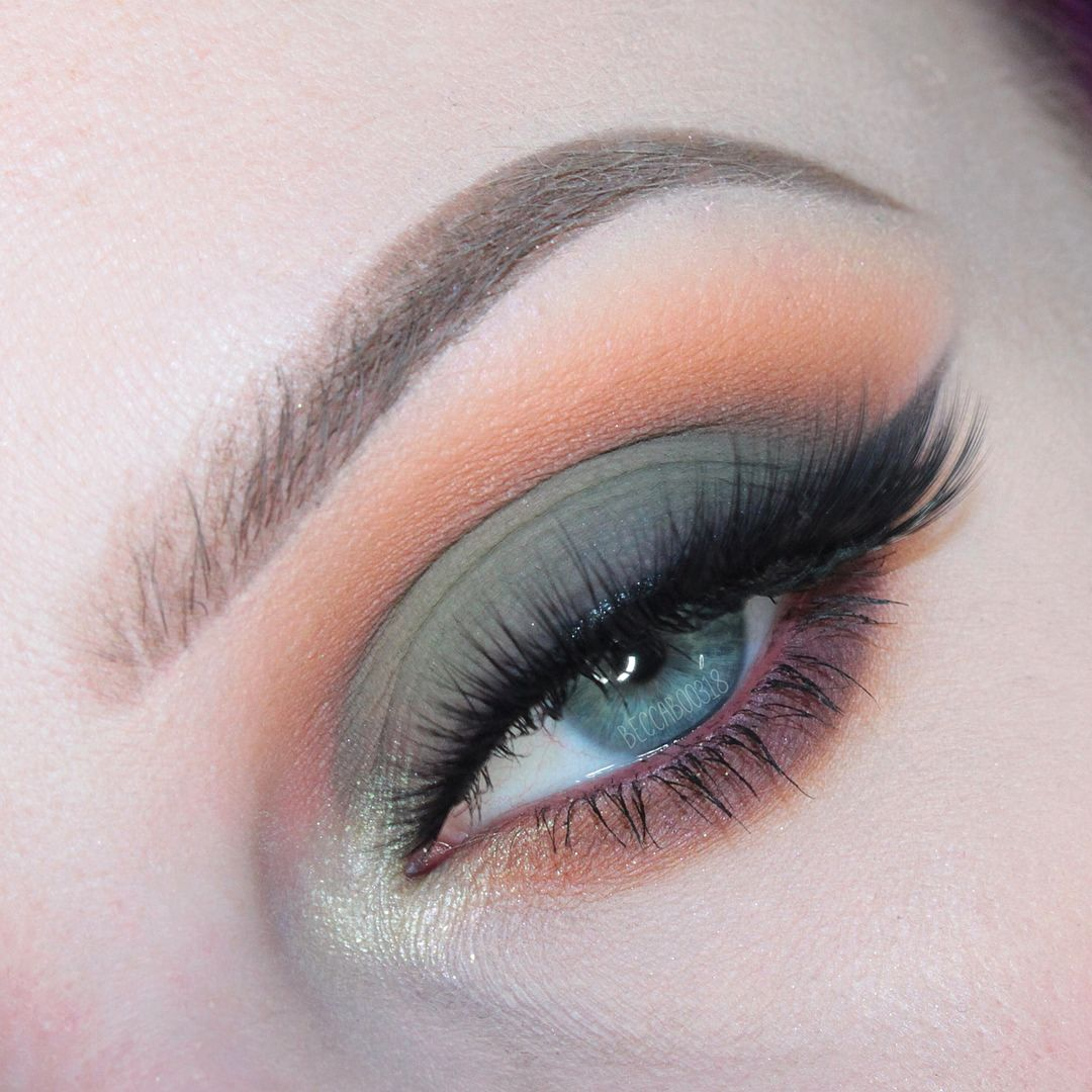 """Beccaboo on Instagram: """"SUBCULTURE take 2 • I sat down & played with it again last night, hope you guys like it • this time I used #katvondbeauty Lolita II as my…"""" from pinterest 4/10/2020"""
