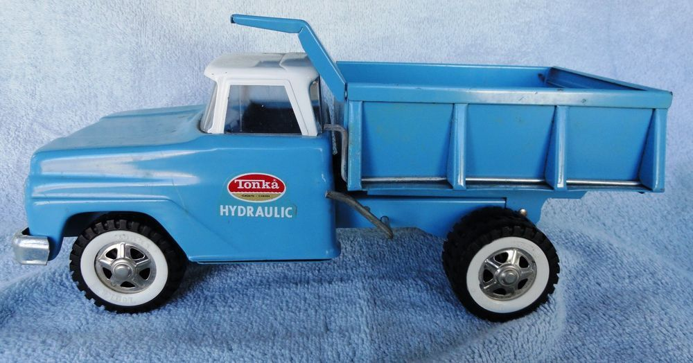 Vintage 60's Tonka Hydraulic Blue and White Metal Dump Truck