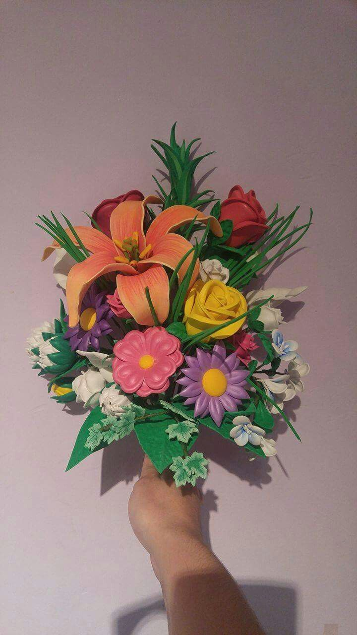 41a9df32f2f Ramos de flores artesanales realizados en goma eva.Solicita mas información  en www.aroart.tk