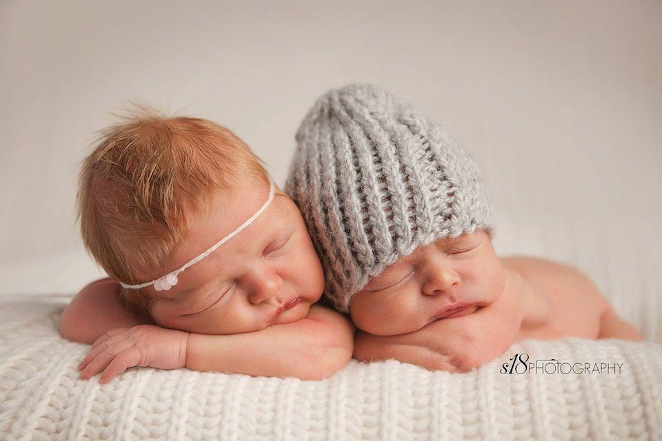 S18 photography newborn session nj twin newborn photographer www s18newborns com