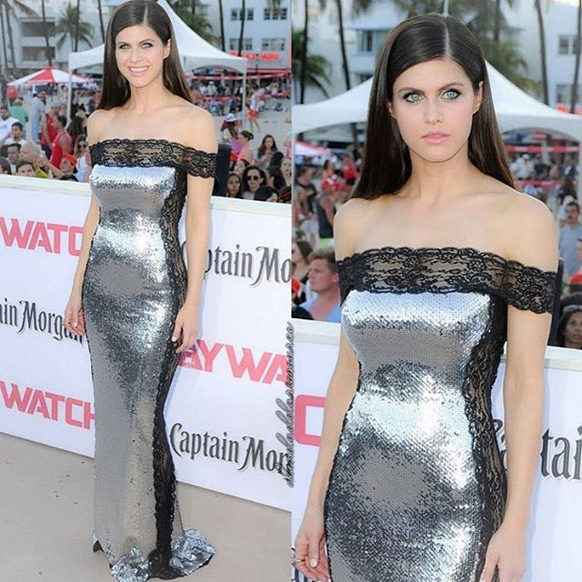 """Silver moment with @alexandradaddario in an Azzaro silver dress made of sequin gown with black lace panels at the premiere of """"Baywatch"""" in Miami this weekend.  #lorisazzarocouture#couture #azzarocelebrities #redcarpet#alexandradaddario#baywatchmovie"""