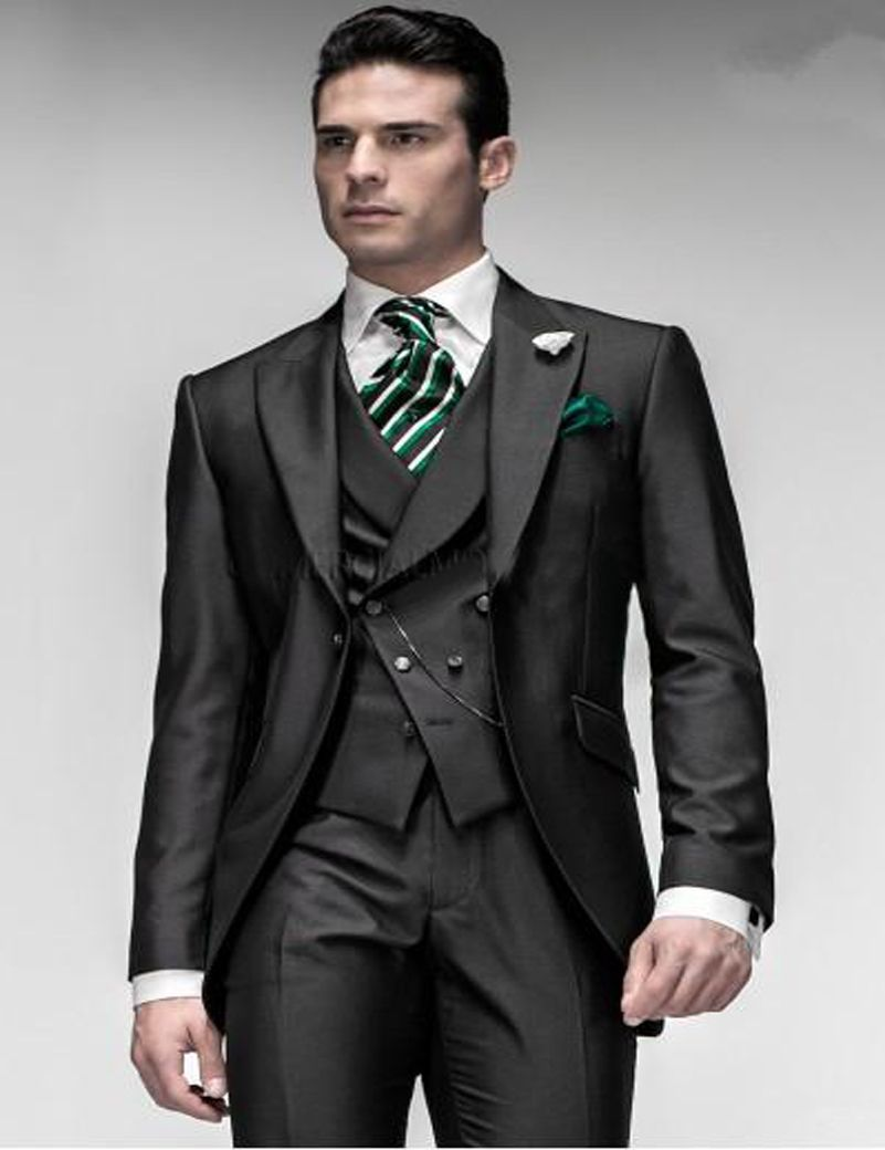 Pin by ❤ ✨Mary Y. L✨❤ on Groom's Wedding Suits   Pinterest ...
