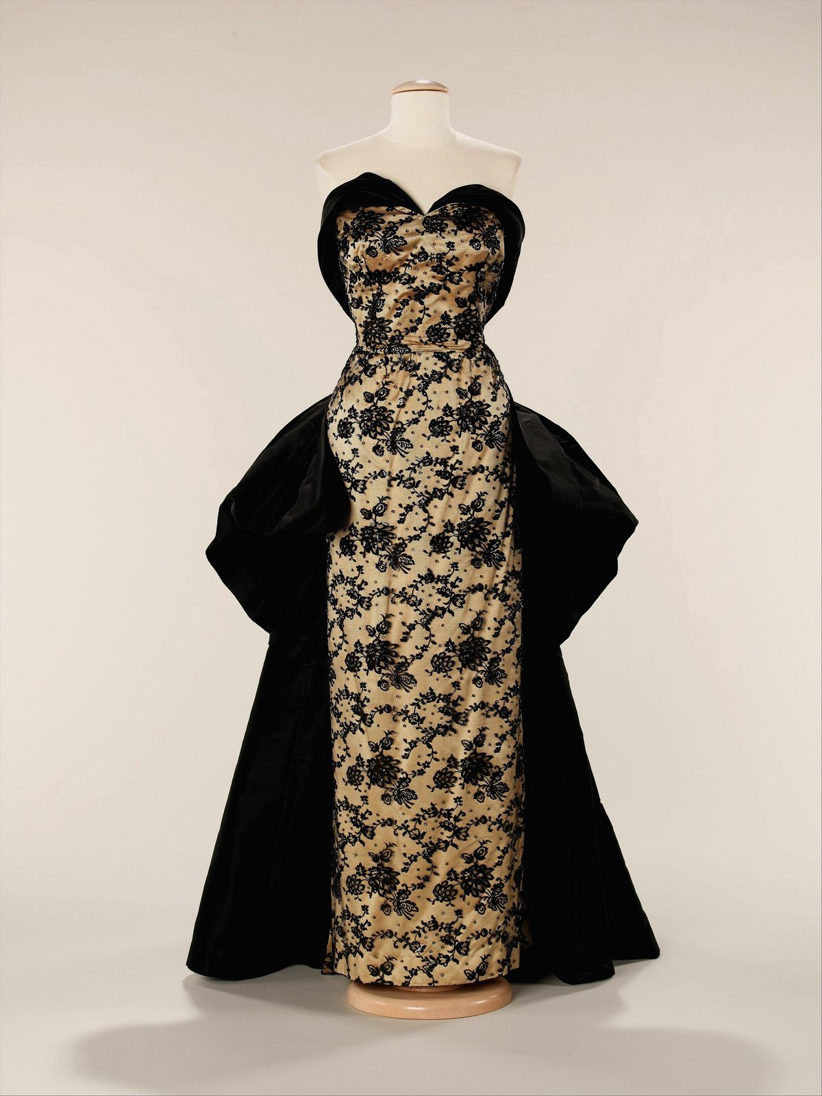 Evening dress 1953 | Flickr - Photo Sharing!