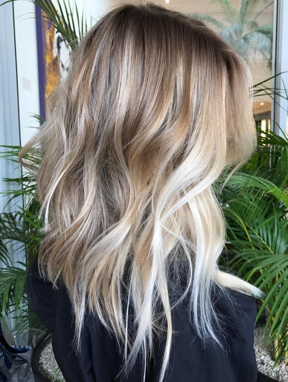 Mid-Length Layers with Balayage #Balayage #balayage hair blonde