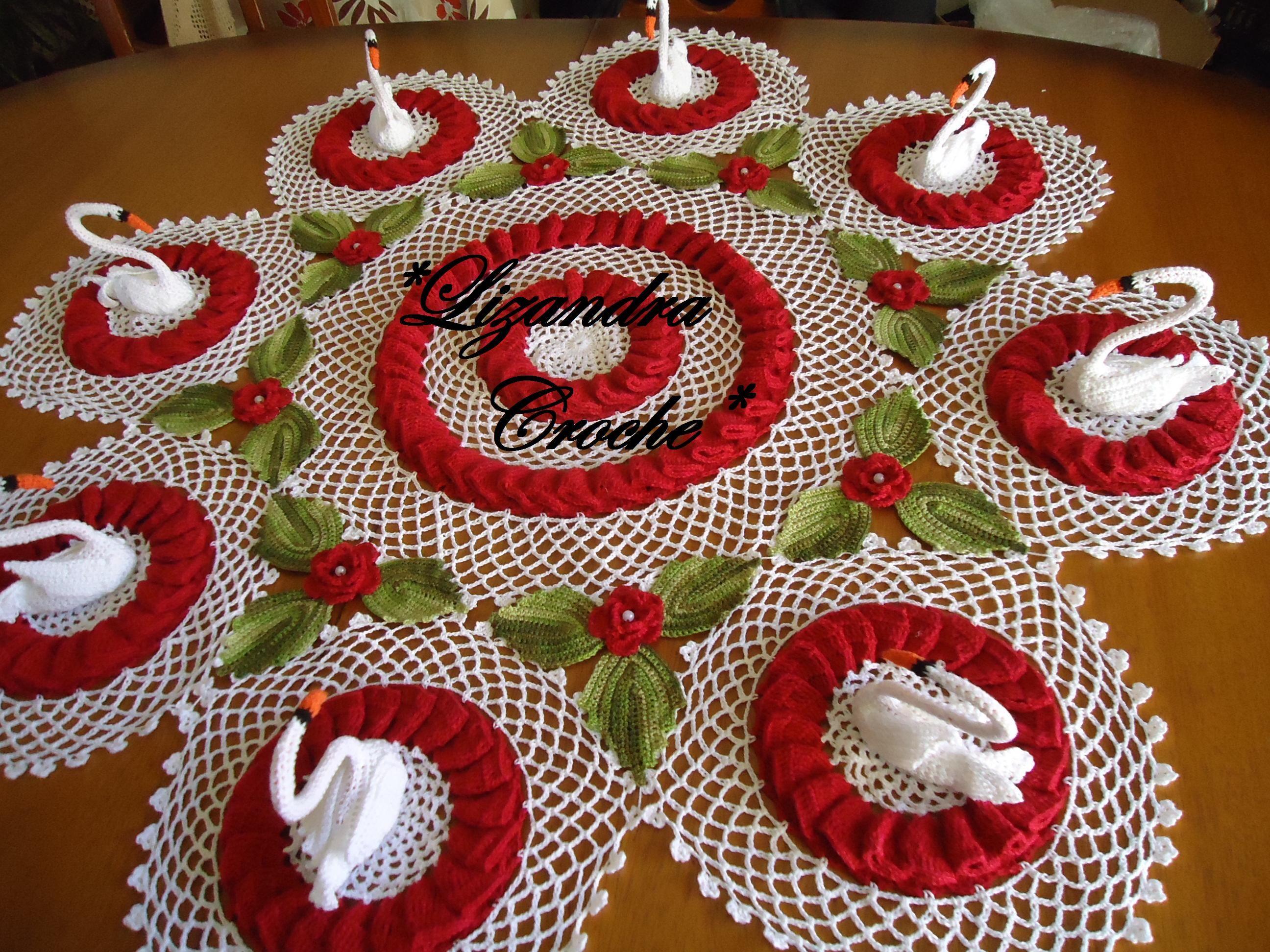 Lago dos cisnes!!! Feito de croche com muito amor. | Crochet ...
