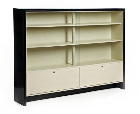 Willem penaat (1875-1957) elegant bookcase. wood lacquered in black and off white.