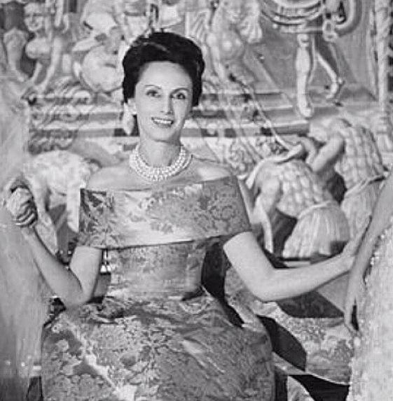 Marquesa de Llanzol, one of Balenciaga's first customers