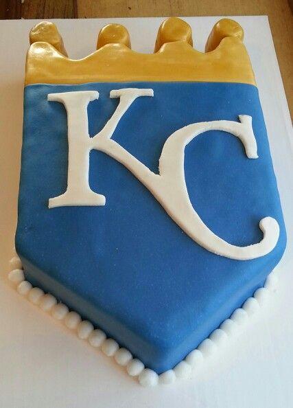 A custom Royals birthday cake Basebally Things Pinterest