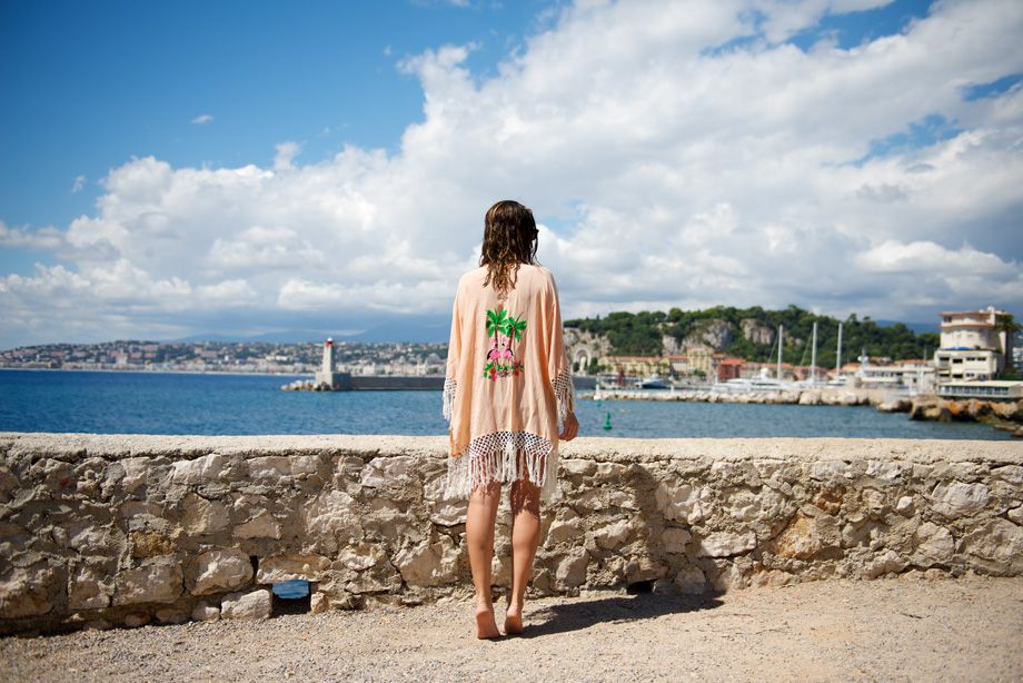 My Free Choice by Erika Boldrinhttp://www.myfreechoice.net/2013/09/lovestoned-kaftan-new-york-fashion-week-september-2013.html  #kaftan #summer #love #outfit
