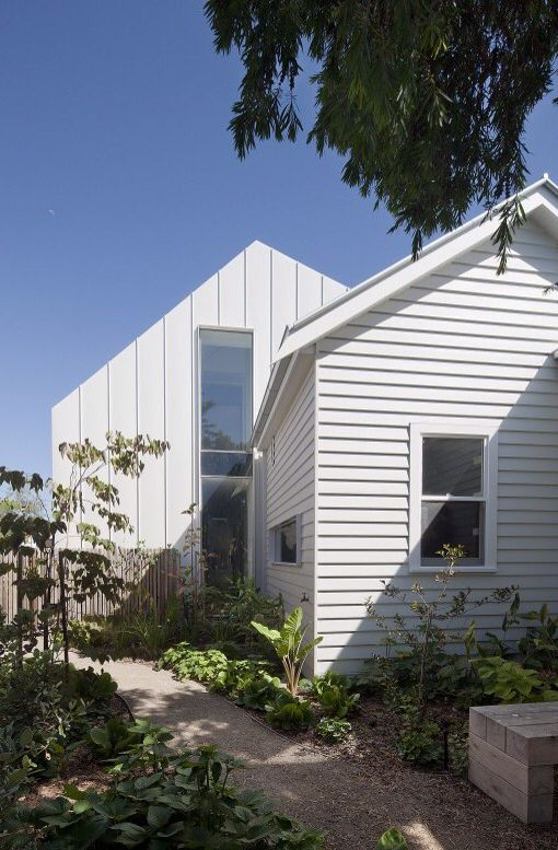 Residential Interior Project Has Modern Yet Vintage Take: Clare Cousins Architects : Gable House