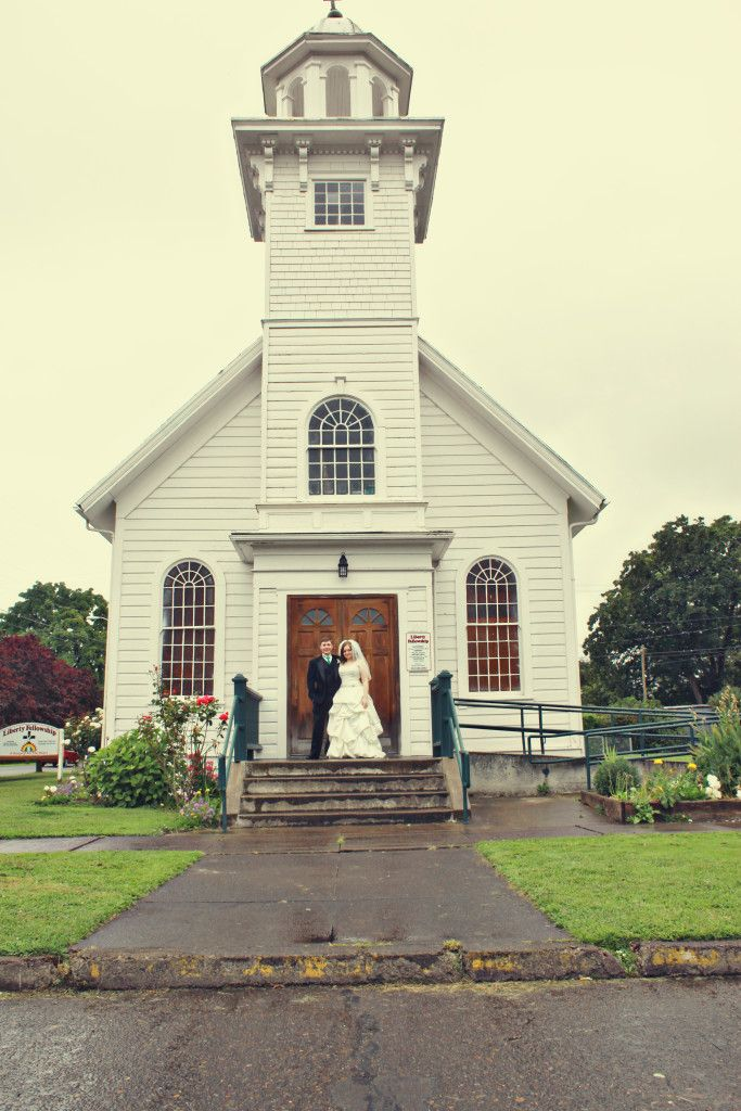 Sweet Little White Chapel 3000 Budget Wedding In