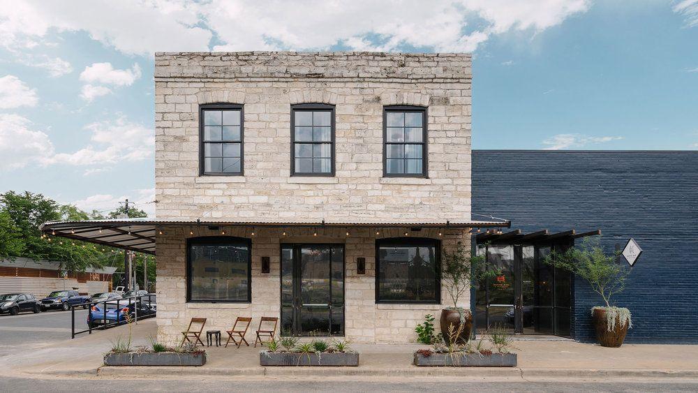 Native Hostel And Bar Kitchen 02 Event Space Design Boutique Hostels Cafe Seating