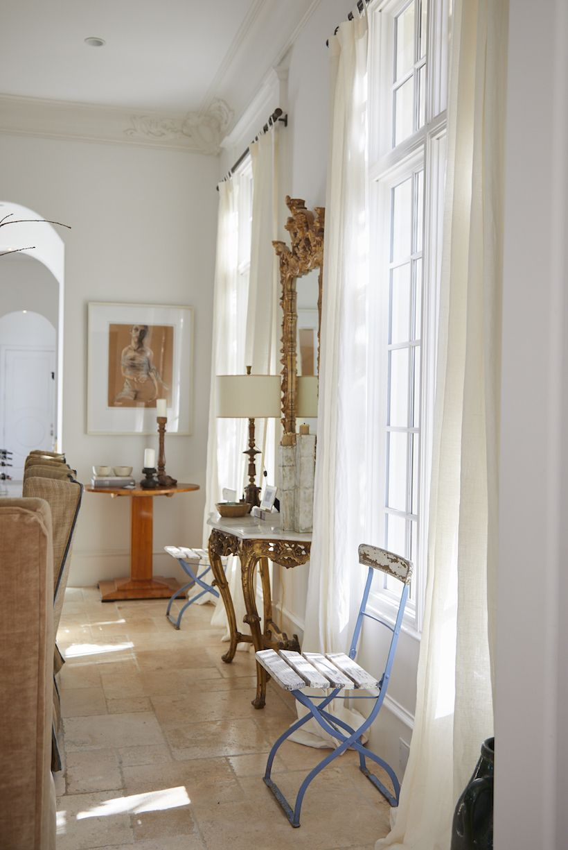 An Artist\'s Beachy, French-Inspired Home   Living rooms, Future ...