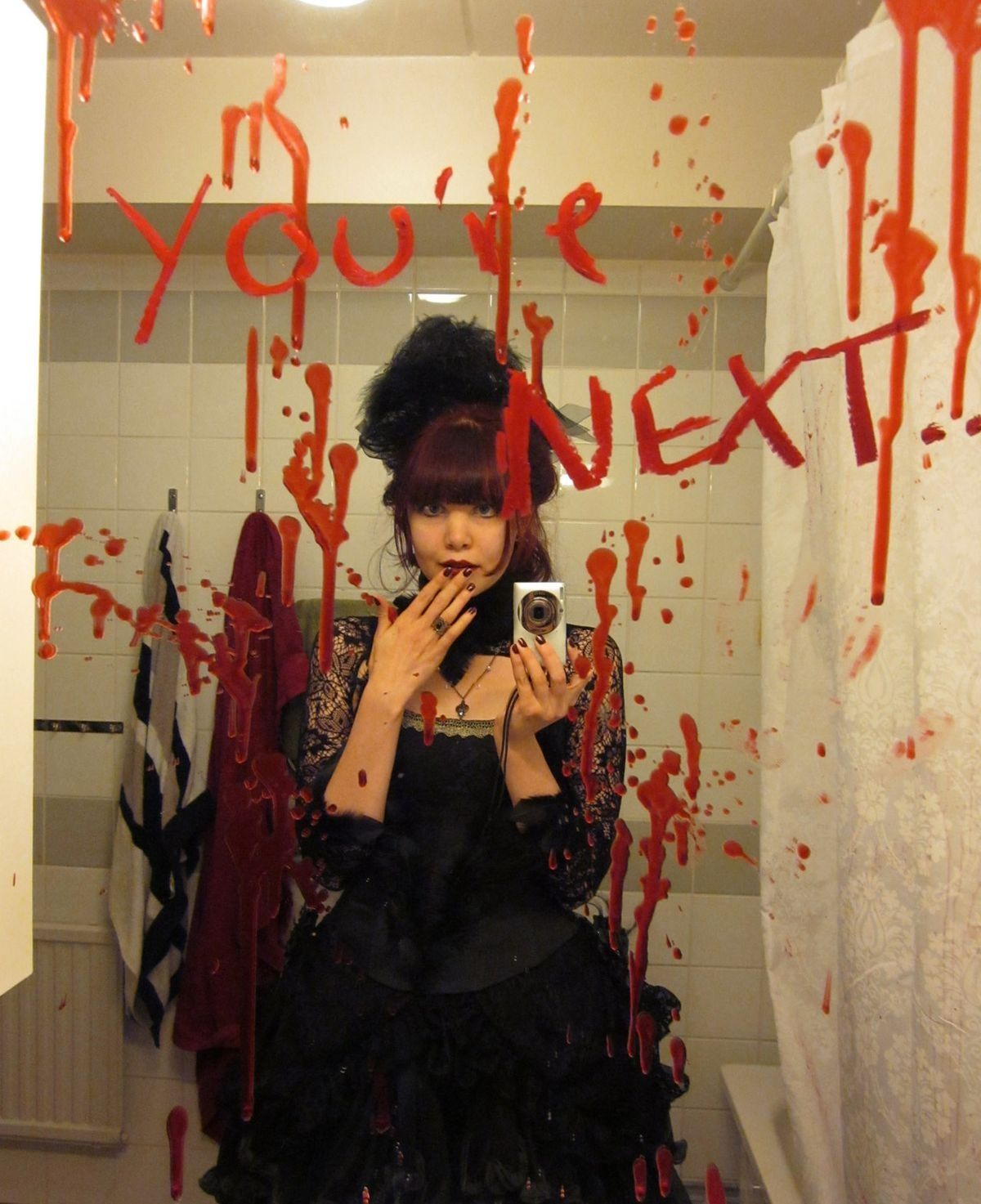 Fit Crafty Stylish And Happy Guest Bathroom Makeover: Decorate Mirror With Red Paint To Creep Out Halloween