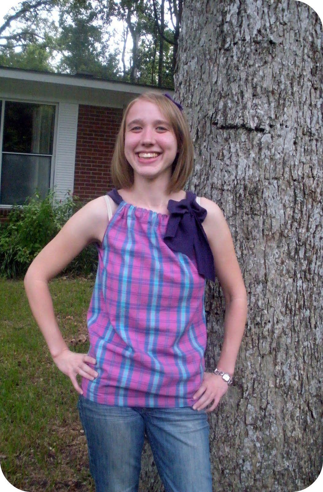 Crafty Critique: Tutorial: Sleeveless Bow Top