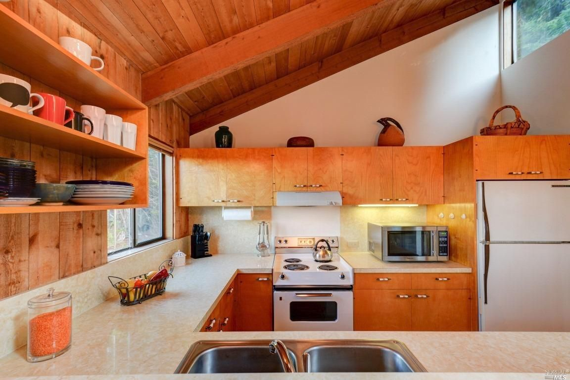 Charming 1977 Sea Ranch beach house designed by AIA Don