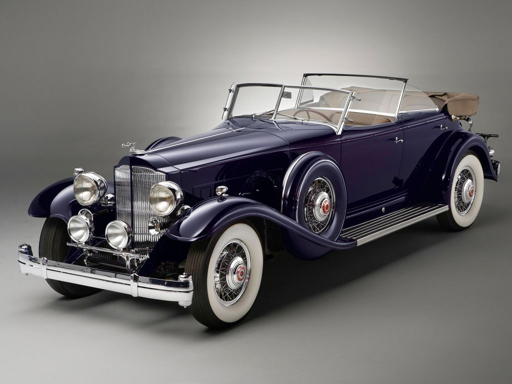 1932 Packard Individual Custom Twelve Sport Phaeton by Dietrich.
