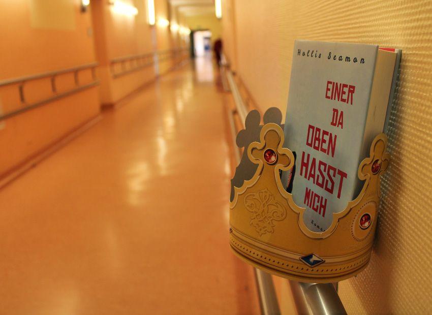 """""""Einer da oben hasst mich"""" ♥︎♥︎♥︎♥︎♡ // gelesen · Buch ·Roman · Hospiz · Krankenhaus ·Teenager · Abenteuer · heartcover - Julias Bücherblog"""