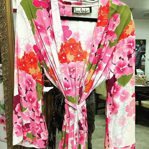 Pretty one of a kind kimono found in my archives #locolove www.loco-lindo.com #retro