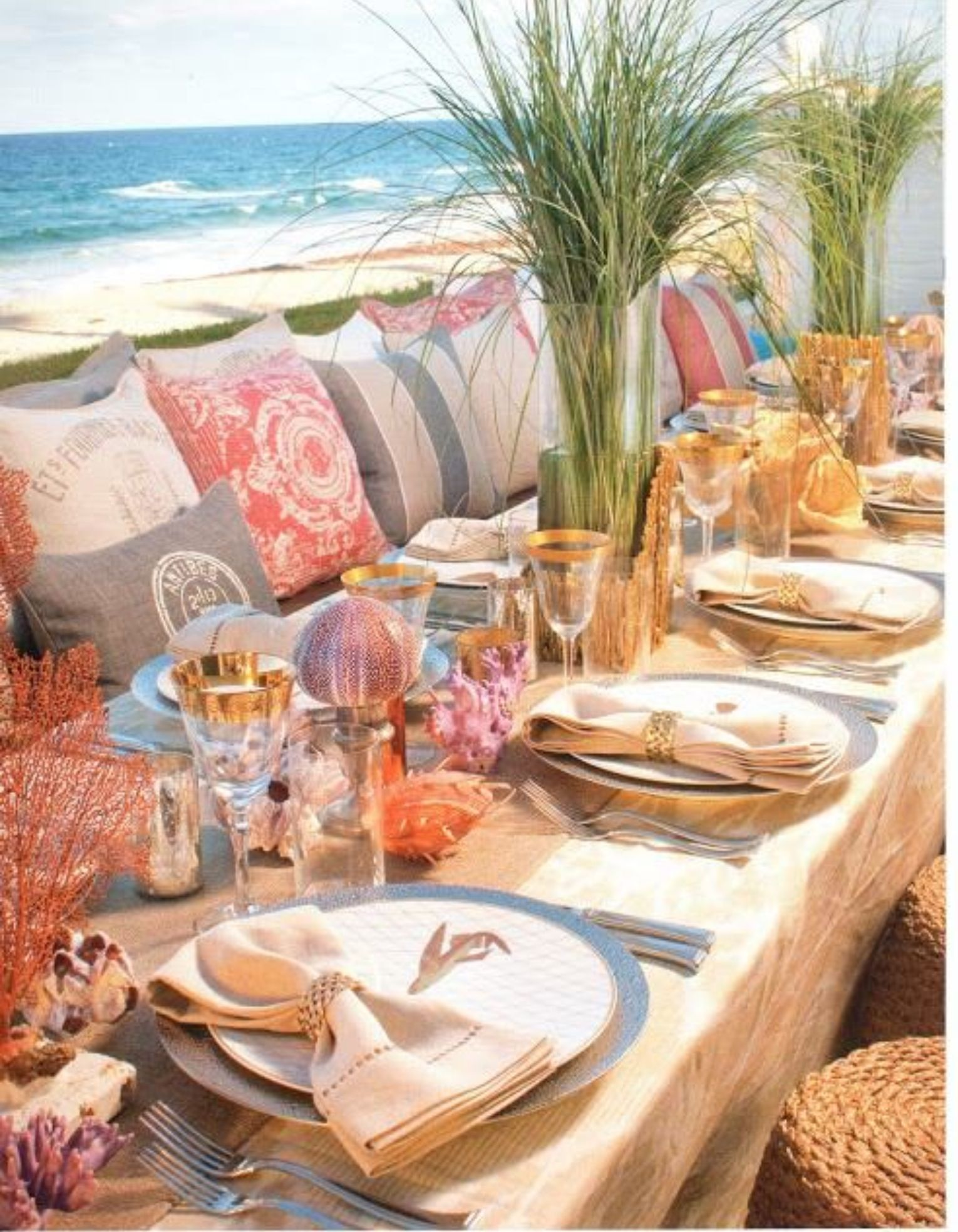 Brunch And Dinner Parties By The Beach