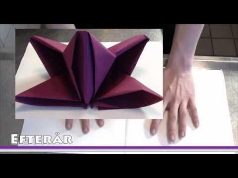 pliage de serviette en papier fleur de lys comment. Black Bedroom Furniture Sets. Home Design Ideas