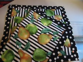 Quilted Strait: Quick and Simple Double-sided Napkins