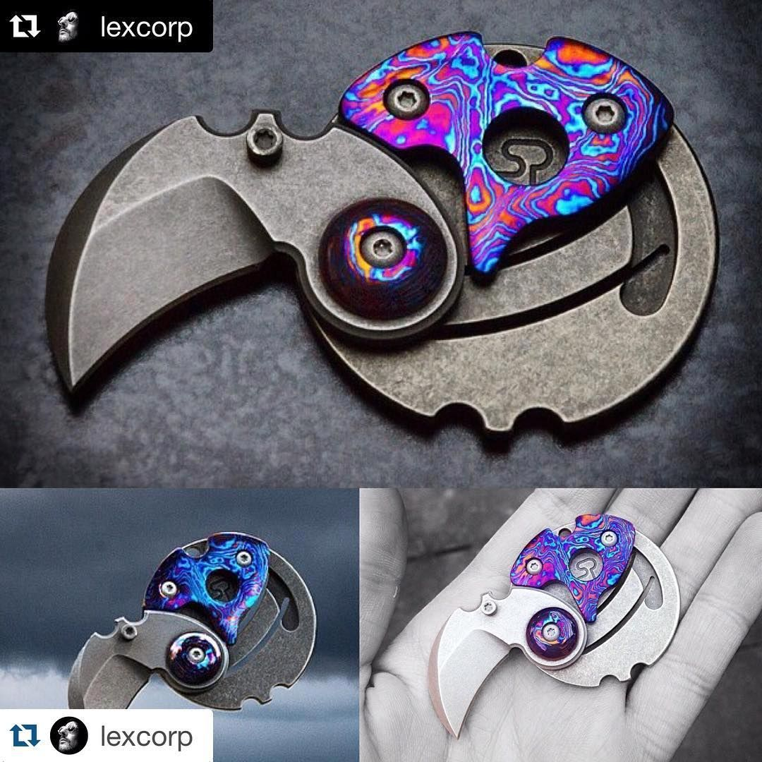 This awesome coinclaw from Serge Panchenko, modded by Smockknives, only 2 were made like this... Asking $650 shipped worldwide.