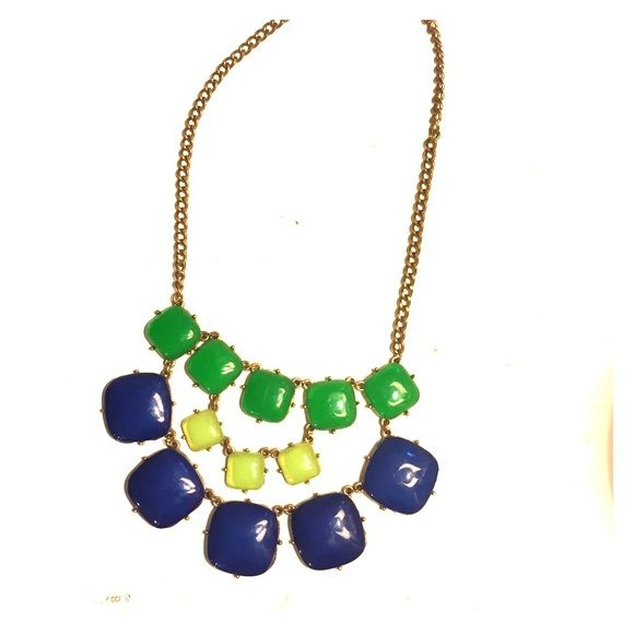 Blue & Green statement necklace In excellent condition. I don't wear it anymore so I'd like to give this beauty a new home! Jewelry Necklaces