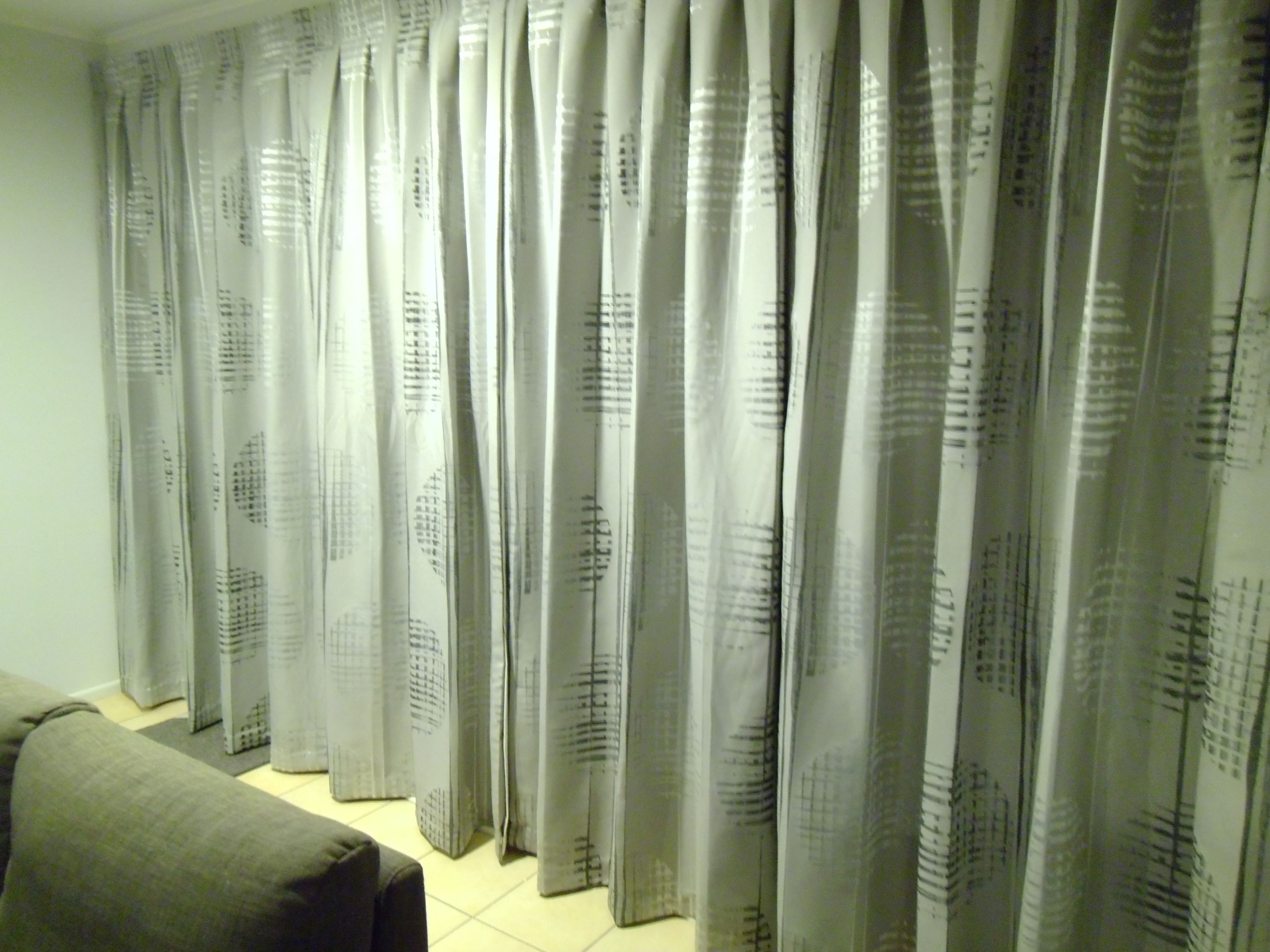 drapes and blinds floor to ceiling drapes and blinds made by sew hung up