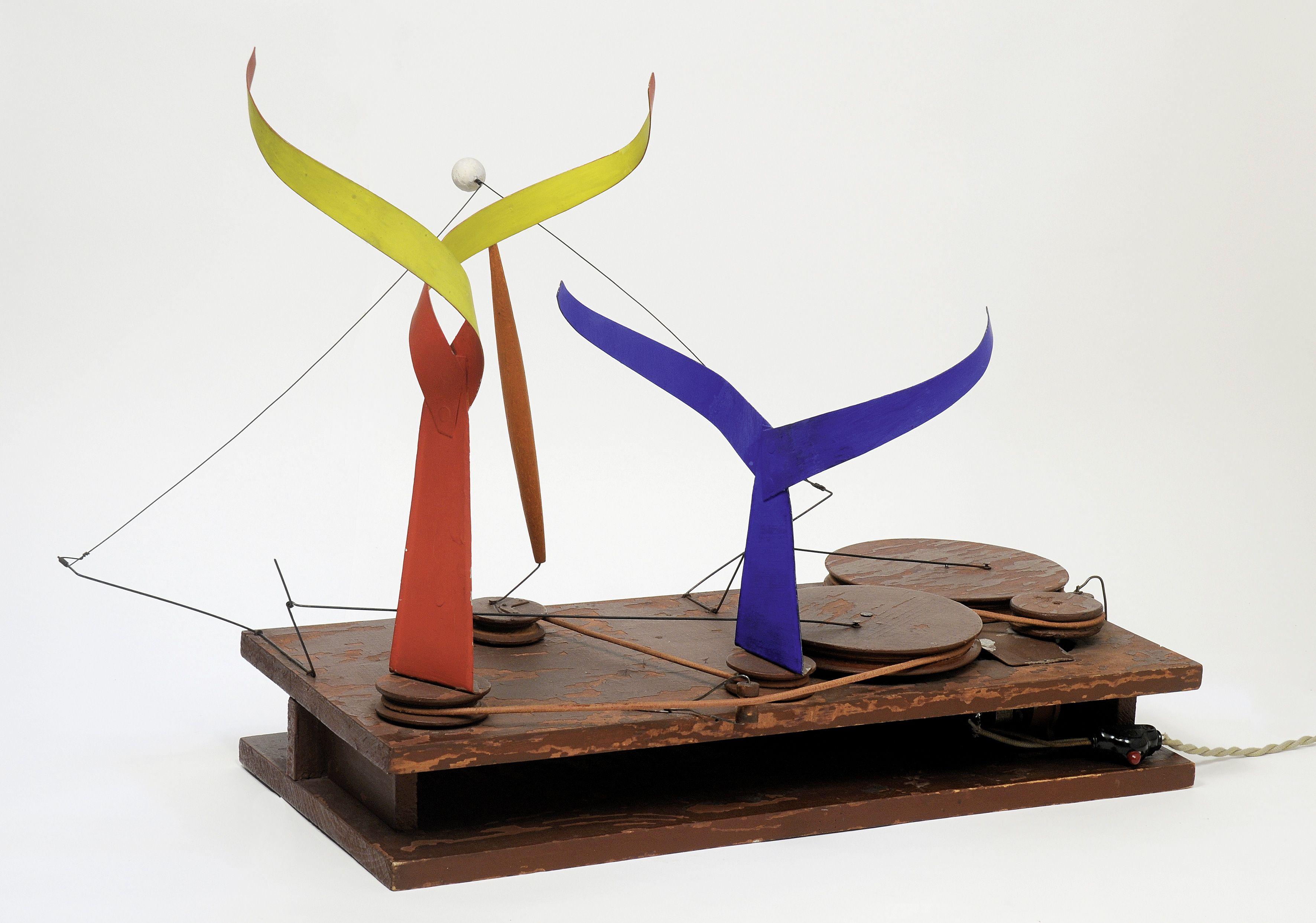 Alexander Calder Dancers and Sphere, 1936 Tänzer und Kugel Holz ...