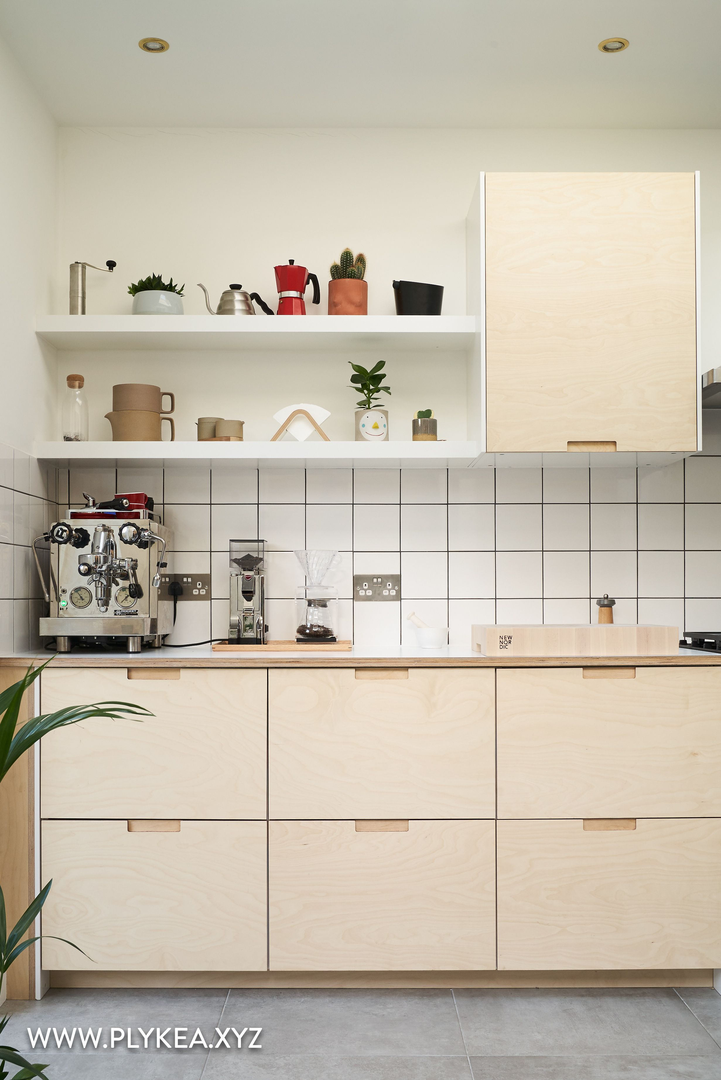 This Kitchen Features Birch Plywood Fronts With Our Semi Recessed Handles And Crystal White F3091 F Plywood Kitchen Diy Kitchen Renovation Kitchen Design Small