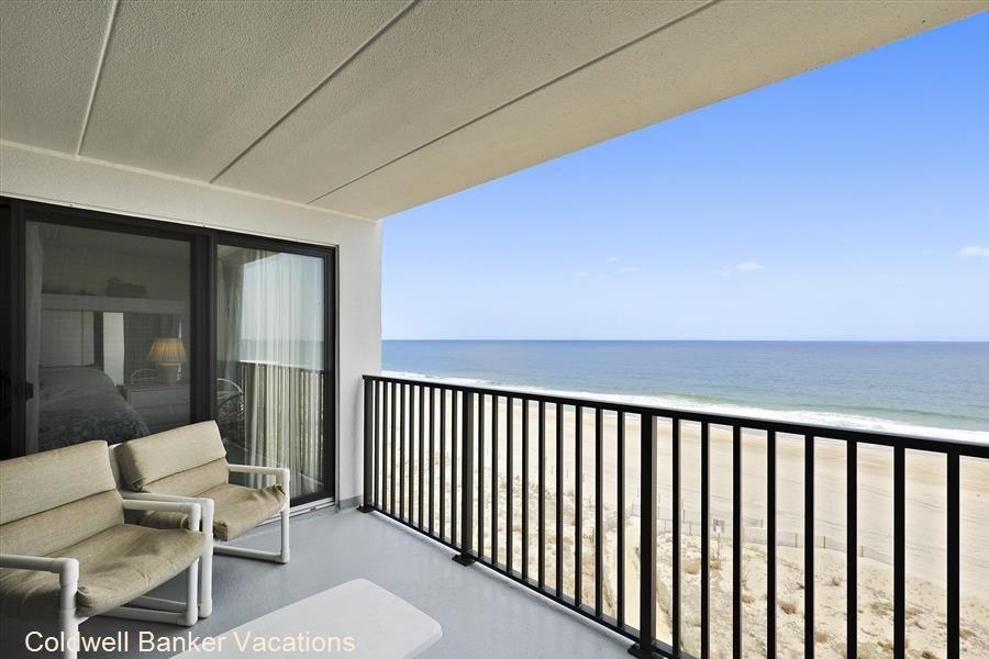 Flying Cloud 501 Ocean View Balcony Single Bedroom King Bedroom