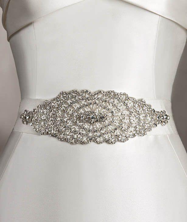 Pronovias präsentiert Ihnen den Gürtel CINT.354 für Brautkleider ...